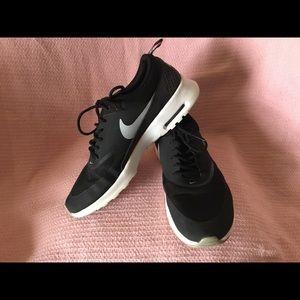 Nike Air Max Thea (Women's)